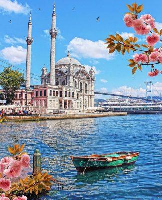 استانبول نوروز 1400