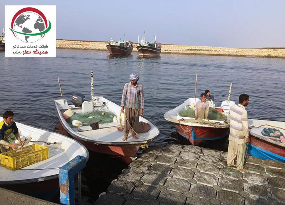 acquaintance-roman-chabahar-fishing-pieres