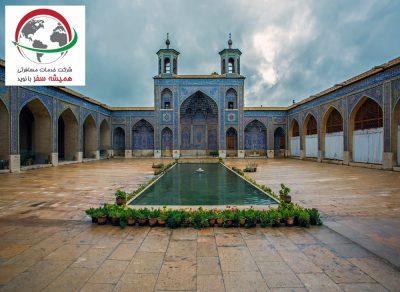 attraction nasir-almolk-mosque-shiraz