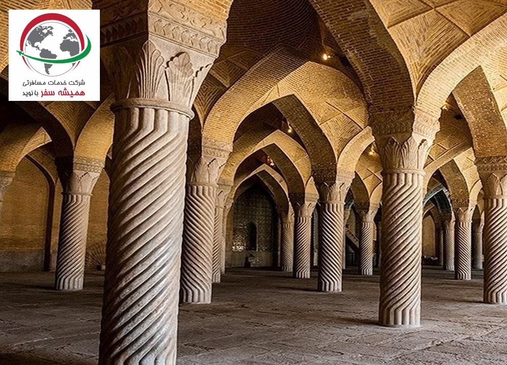 جاذبه تاریخی مسجد وکیل