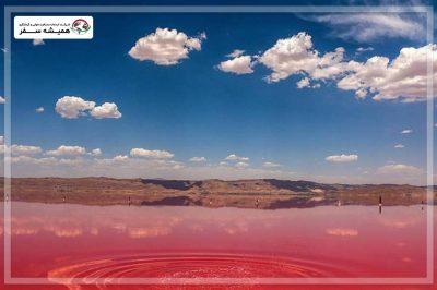 دلیل قرمز رنگ بودن دریاچه مهارلو
